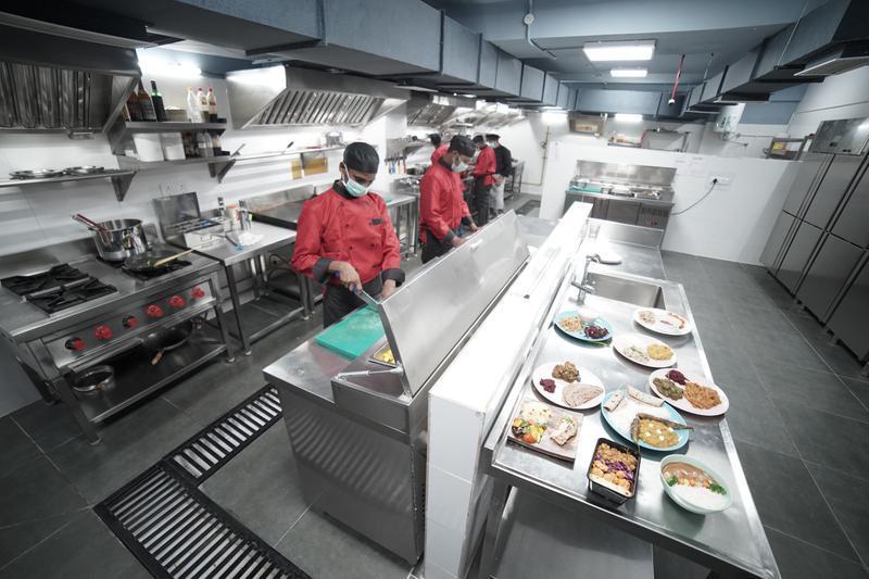 Ở tập thể, ăn bếp chung, trào lưu 'bao cấp 1 thời đang nở rộ