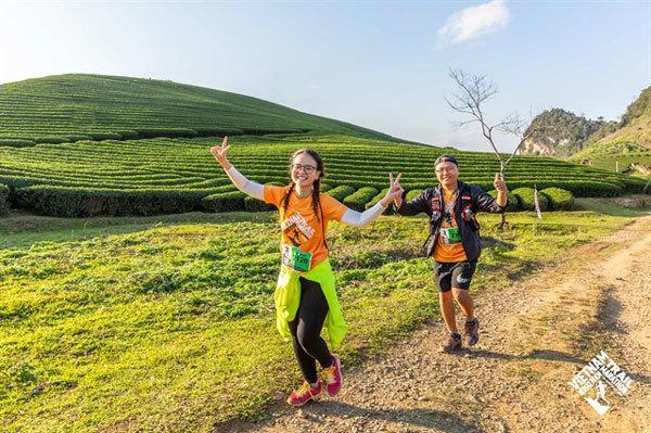 Moc Chau,runners,charity donations