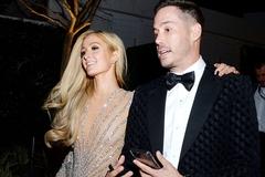 Lộ diện bạn trai mới của 'nữ hoàng tiệc tùng' Paris Hilton