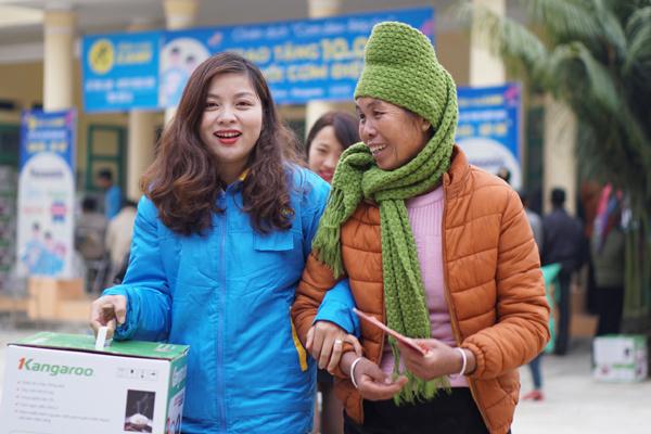Điện Máy Xanh vượt gian nan, lan toả chương trình 'Cơm dẻo - Bếp ấm'