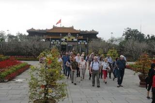 Foreign tourists to enjoy similar entrance fees to Vietnamese at relic sites