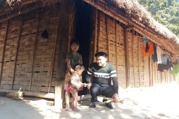 Trưởng bản sống trong căn nhà gỗ mơ ước tiết lộ bí quyết đổi đời