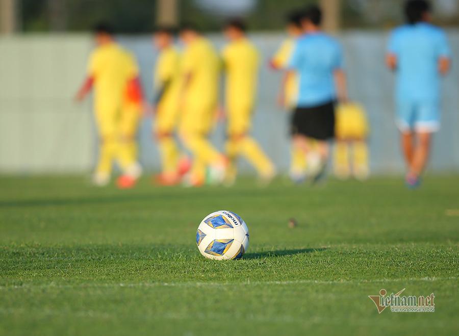 U23 Việt Nam rèn bài tủ chờ đấu UAE