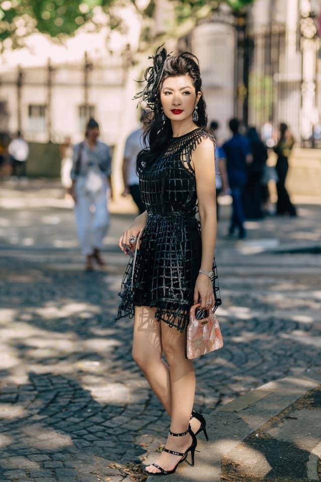 Nguyễn Hồng Nhung: Sau đổ vỡ lần 2, bạn bè khuyên tôi có tình yêu mới