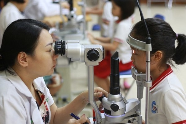 Sự nghiệp bảo vệ chăm sóc sức khỏe nhân dân không ngừng tiến bộ