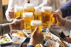 Bảo vệ đại tràng khỏi rượu bia ngày Tết cách nào?