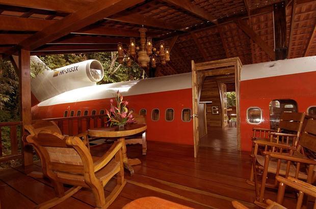 Biến máy bay thành khách sạn tiện nghi giữa rừng nhiệt đới Costa Rica