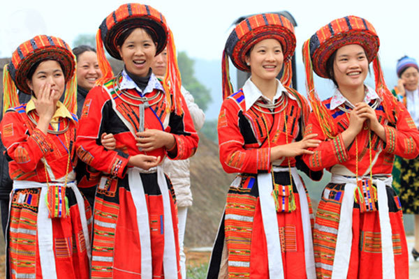 Hanoi,Dong Mo,Village of Culture-Tourism of Ethnic Groups,mountain spring festival,folk games