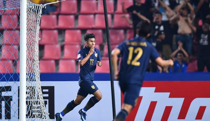 U23 Thái Lan ra quân đại thắng, màn 'lột xác' sững sờ