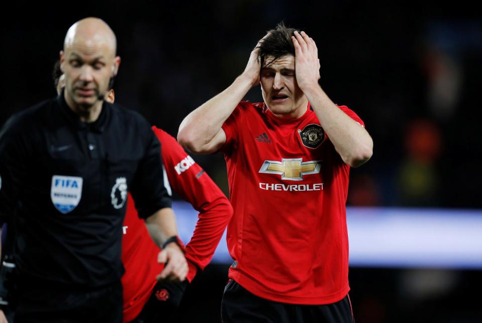 MU gặp hạn lớn, Harry Maguire nối gót Pogba