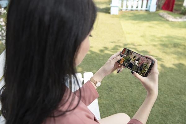Tiêu chí chọn điện thoại cho dân nghiền phim 'cày' Tết