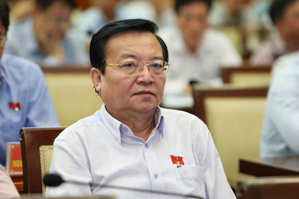 """Chủ tịch TP.HCM: """"Sẽ xin ý kiến Thành ủy xử lý vụ Sở GD-ĐT nhận thù lao của NXB"""""""