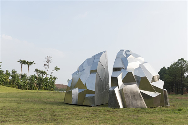 French sculptor realises dream in Vietnam