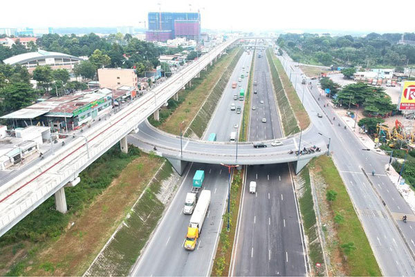 HCM City unclogs roads with a raft of infrastructure works