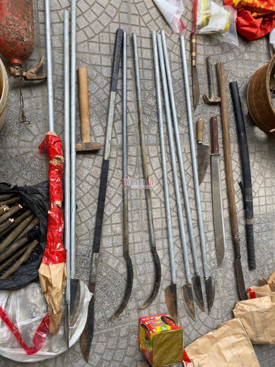 Thu giữ lựu đạn, bom xăng, bắt các đối tượng gây rối ở xã Đồng Tâm