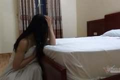 Sự ám ảnh của người vợ phía sau căn phòng hạnh phúc