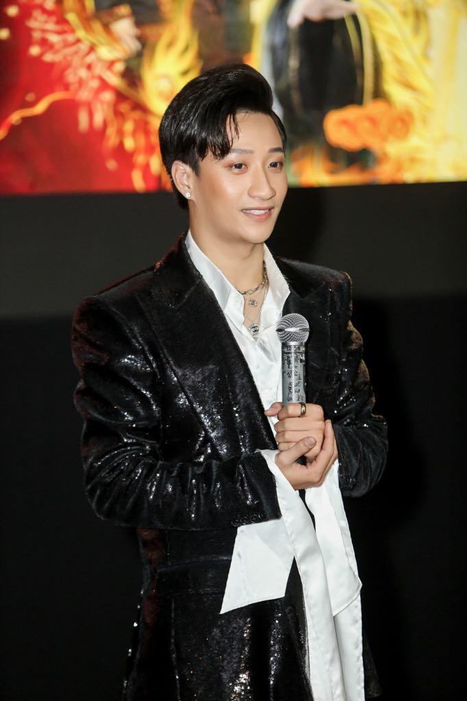 Thanh Lam mừng học trò Adam Lâm làm phim cổ trang xuyên không