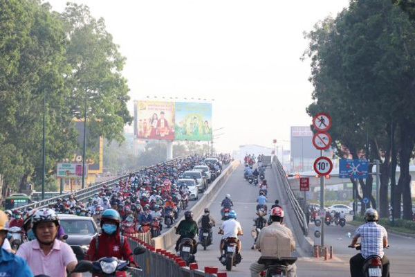HCM City seeks to reduce road accidents, deaths by 10 per cent this year