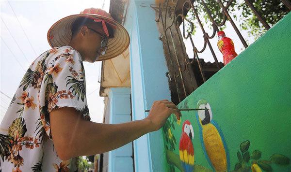 Hanoi,Gia Lam District,Chu Xa Village,new coat of paint
