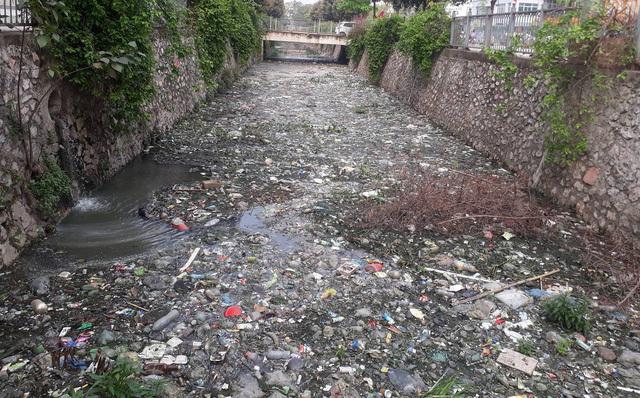 Việt Nam top đầu thế giới xả rác nhựa, du khách 1 đi không trở lại
