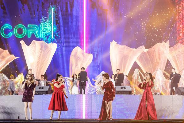 Dàn sao Việt cùng tạo nên 'Dấu ấn Phượng Hoàng'