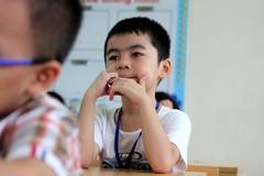 Những học sinh lớp 1 đầu tiên ở TP.HCM được đến trường