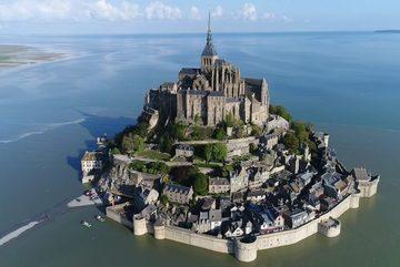 Mont Saint Michel - đảo đá nổi giữa lòng biển khơi