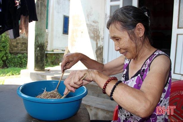 Thứ củ 'nhà nghèo' xưa ăn chống đói nay thành đặc sản