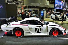 Ngắm mẫu Porsche 935 cả thế giới chỉ có 77 chiếc