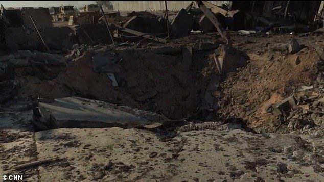 Hình ảnh tan tành bên trong căn cứ Mỹ bị Iran nã tên lửa