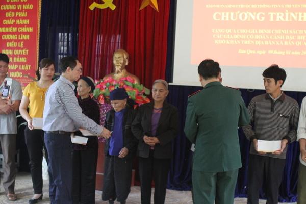 Hoàn cảnh khó khăn,Tặng quá Tết,Báo VietNamNet