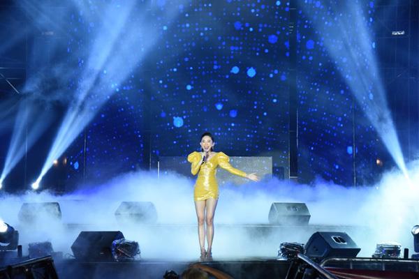 Dàn sao Việt 'đốt cháy' đại nhạc hội siêu khủng khởi động F1