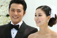 Động thái của vợ Jang Dong Gun khi chồng vướng phải bê bối tình dục