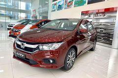 Các hãng vẫn ra sức giảm giá xe xả hàng tồn trước Tết