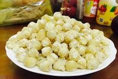 Vietnamese food: Sugar-coated lotus seed
