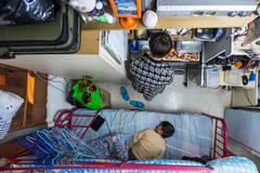 Cuộc sống cay đắng của dân nghèo trong lòng Hong Kong