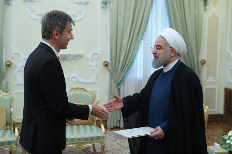 Hé lộ kênh bí mật giúp Mỹ và Iran tránh vực chiến tranh