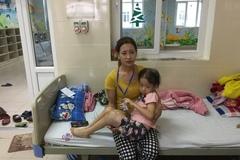 Cái Tết ngổn ngang của người mẹ có 2 con ung thư, hoại tử ruột