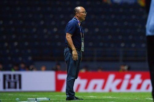 Báo Hàn: U23 Việt Nam khó chồng khó, thầy Park làm sao đây