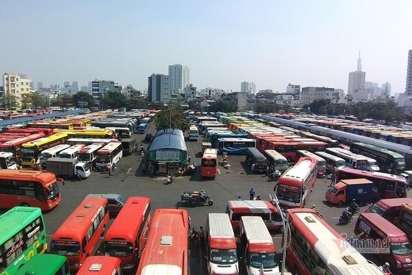 Lãnh đạo bến xe lớn nhất Sài Gòn 'khóc ròng' vì kẹt xe cao tốc dịp Tết