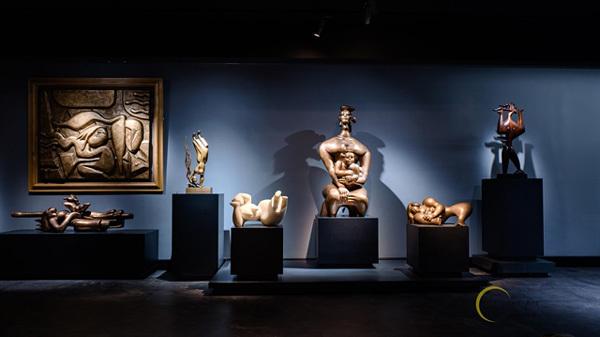 Exhibition,sculptor Ta Quang Bao,Hoàng Sa sculpture