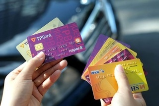 Vietnam's banks to complete shift to chip cards in 2 years