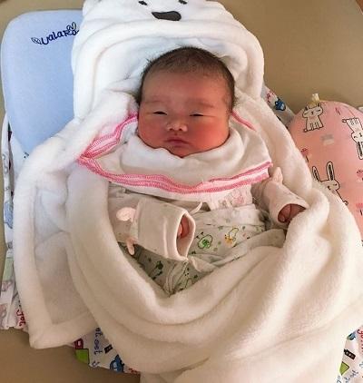 Bé sơ sinh chào đời nặng 5.1kg