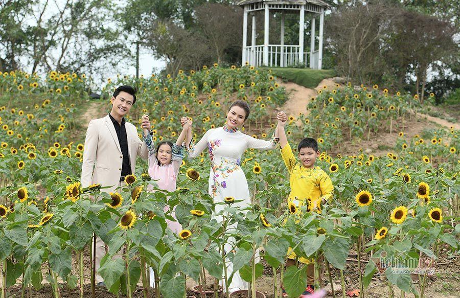 Tiến Lộc từ 'người tình' bỗng thành 'chồng' của Phạm Phương Thảo trong MV