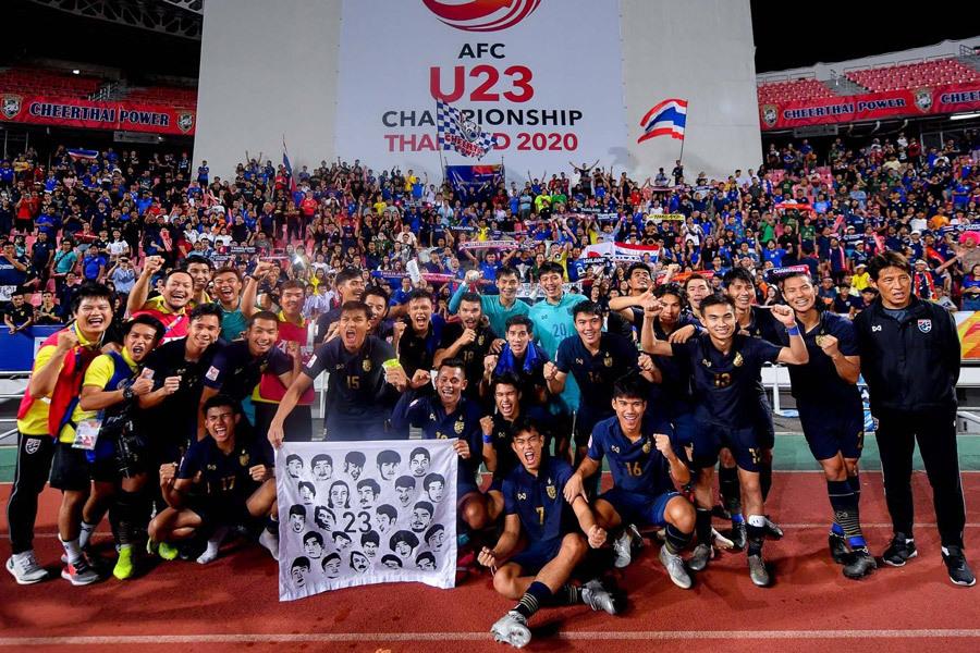 Người Thái ngất ngây: 'Kỳ tích vĩ đại của U23 Thái Lan'