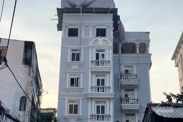 Sẽ hoàn tất tháo dỡ nhà sai phép của nguyên chánh thanh tra xây dựng quận sau Tết
