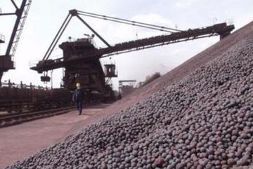 Hải Quan thông tin giá xuất khẩu quặng sắt sang Trung Quốc