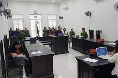 Đang ngủ, phạm nhân bị bạn tù cứa cổ ở Hà Nội