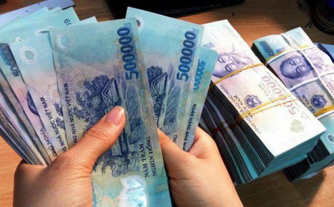 Thưởng Tết, lương tháng 13 có phải nộp thuế thu nhập cá nhân?