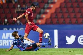 Chơi thiếu người, U23 Nhật Bản chia điểm U23 Qatar